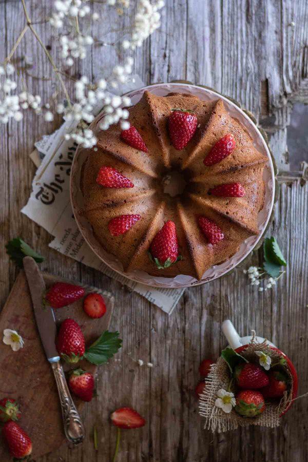 bundt cake fragole